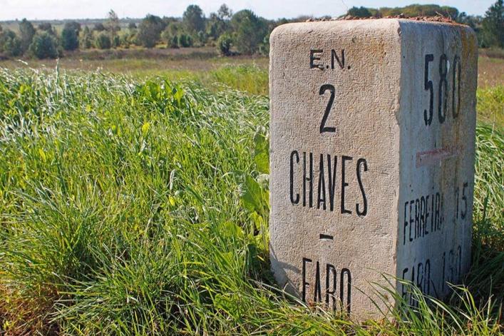 Über die Nationalstraβe 2 vom Norden zum Süden Portugals