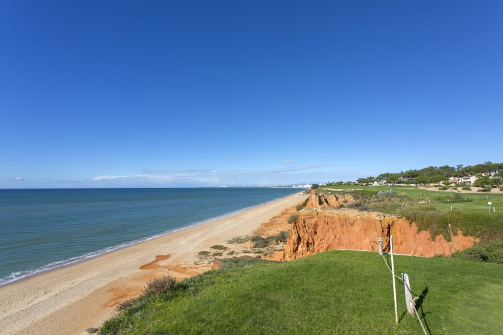 Vale do Lobo Beach Clean Up