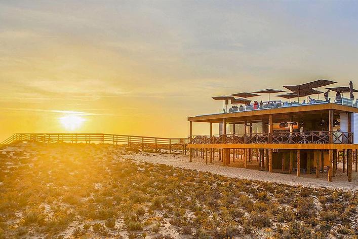 Coucher du soleil au Parrilla Beach Club